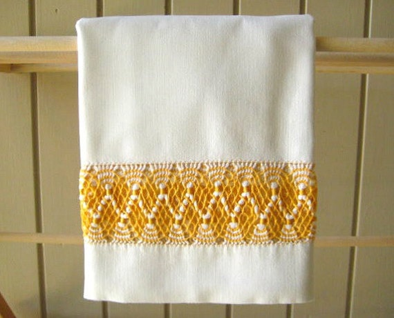REDUCED Vintage Pillowcase, Wide Gold & White Cotton Lace Inset, Off White Muslin, Excellent Condition