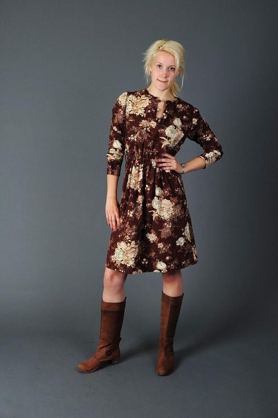 Retro 1970's Floral Print Vintage dress