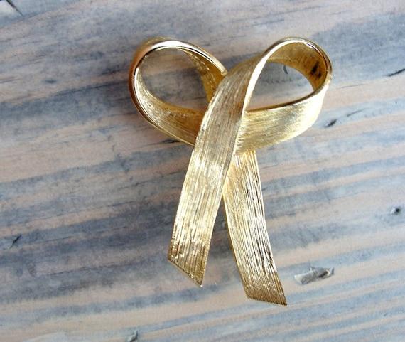 Gold Pin-on Bow Ribbon Brooch
