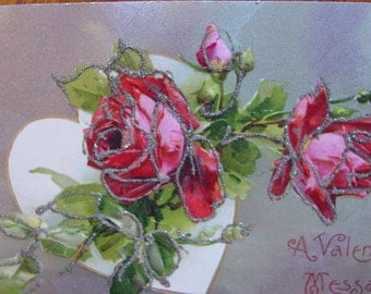 Classic Valentine Heart Postcard Romantic Red Roses with Glitter