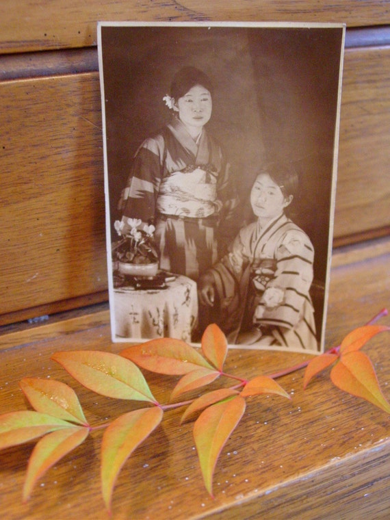 Antique Photo Japanese Girls in Kimonos with Cyclamen Flowers