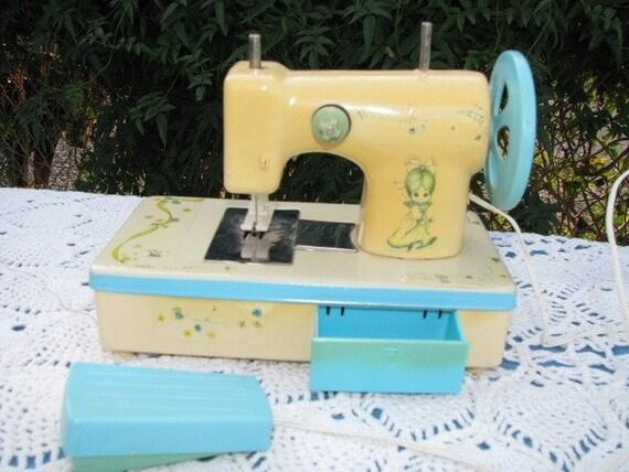 Vintage Children's Sewing Machine