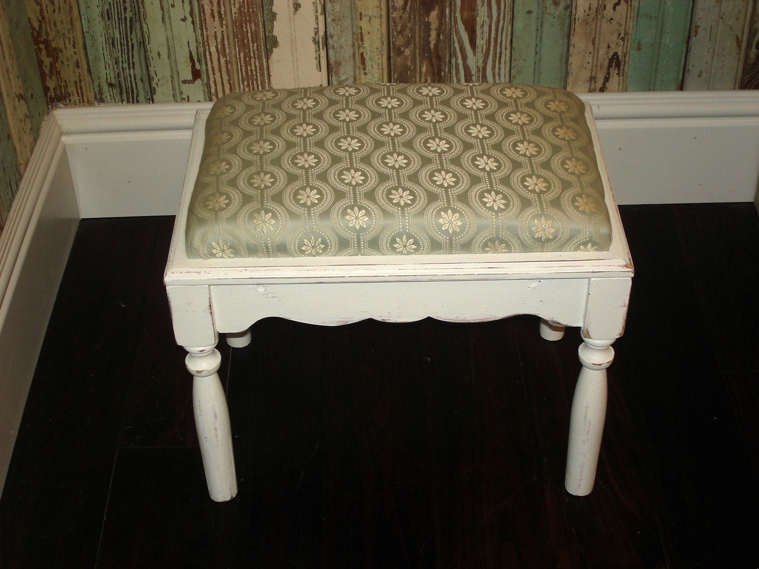 shabby chic foot stool. Black Bedroom Furniture Sets. Home Design Ideas