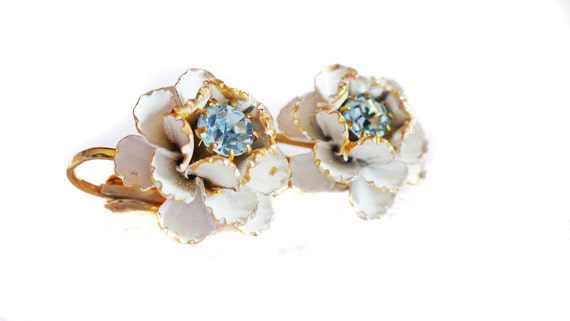 White Enamel Flower Clip On Earrings with Sparkling Light Blue Rhinestones and Gold Tone Setting and Accent on Petals- Shabby Chic & Summer