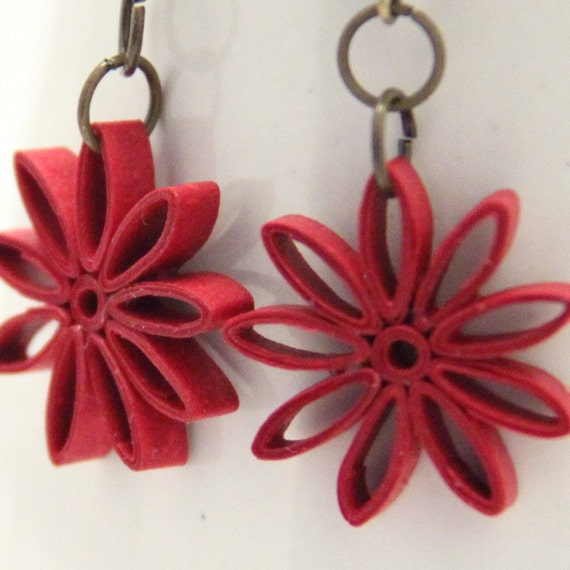 Japan Relief Aid - Red Nine Pointed Star Quilled Earrings