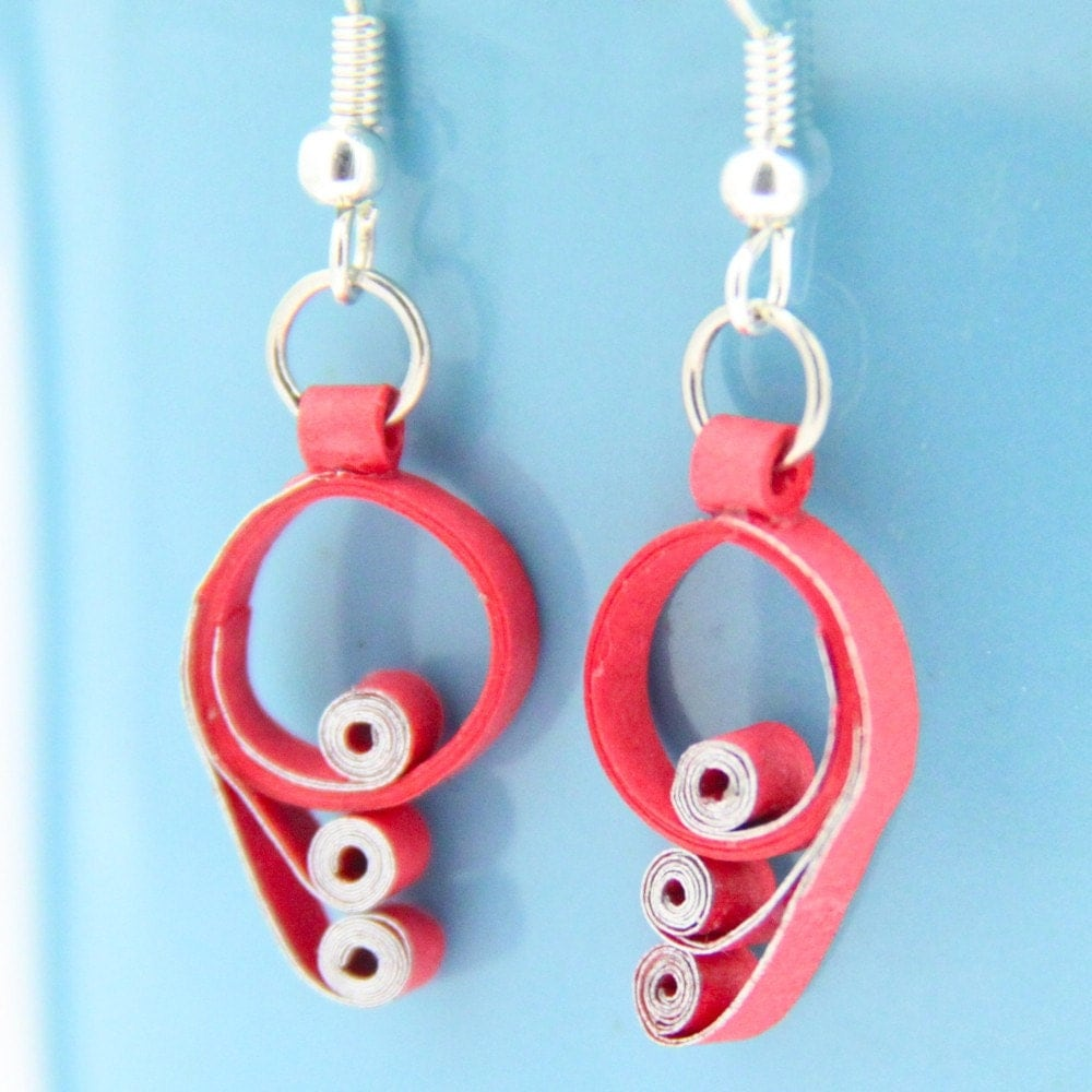Quilling Papers Earrings: Red And Silver Scroll Paper Quilling Earrings
