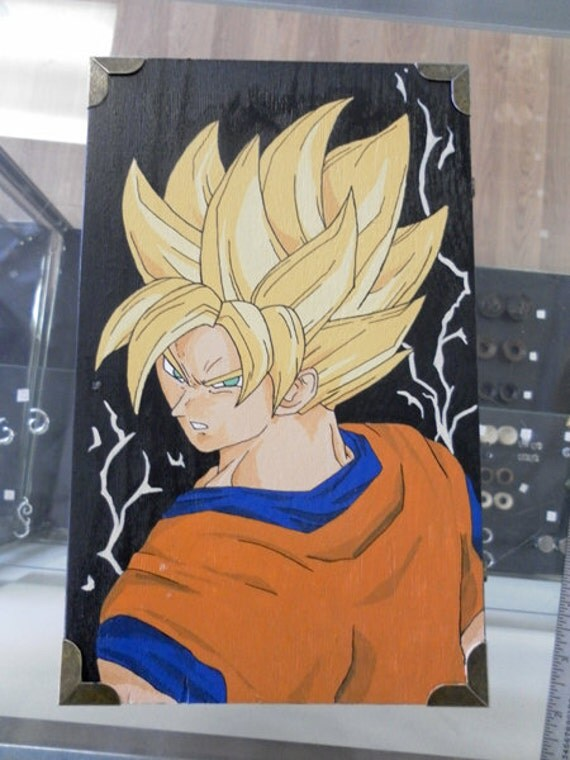 Hand-Painted DBZ / Dragonball Z SSJ GOKU Gift Box