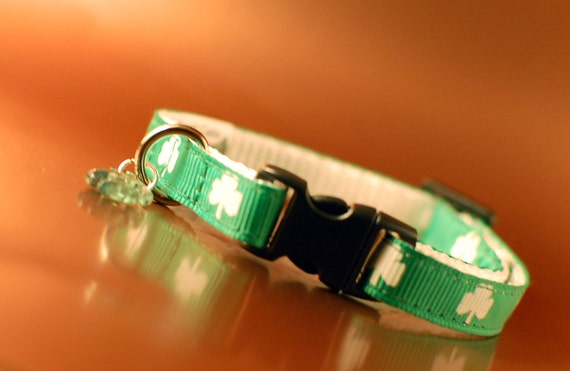 Lucky Clover Breakaway Cat Collar with Fish Charm