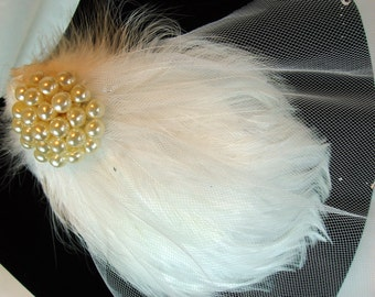 Fascinator, Elegant White Wedding Feather Fascinator