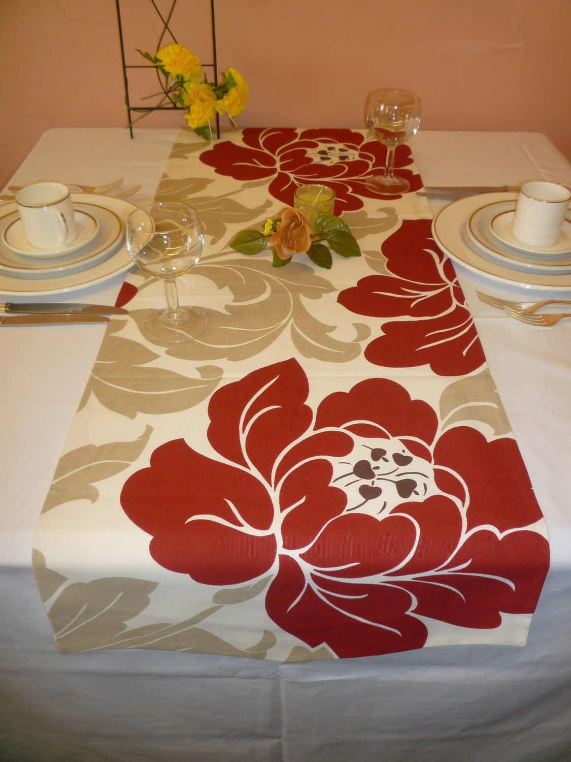 funky table runner deep red taupe cream big flowers over 6ft. Black Bedroom Furniture Sets. Home Design Ideas