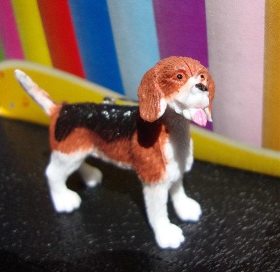 Beagle Brooch Pin - Dog Badge