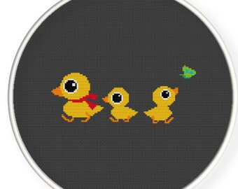 Instant download and printable,Counted Cross stitch pattern,funny ducks,nursery decor,duck mommy and her babys, zxxc0190