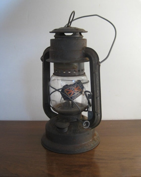 Antique oil Lantern made in ENGLAND