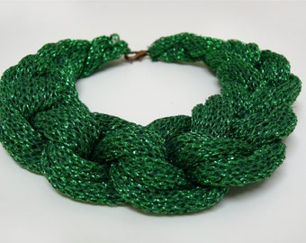 PARTY green knitted necklace