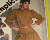 Vintage 80s Simplicity Pattern 6087 uncut - Completely Awesome two piece MINI DRESS with SASH and Super Funky collar - Size 10 12 14