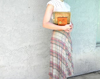 Vintage Accordion Skirt - Early 80s does 50s Pleated Plaid Wool Blend Skirt - Size M Medium - 1970s College Girl Look - Greece Sandy Cosplay