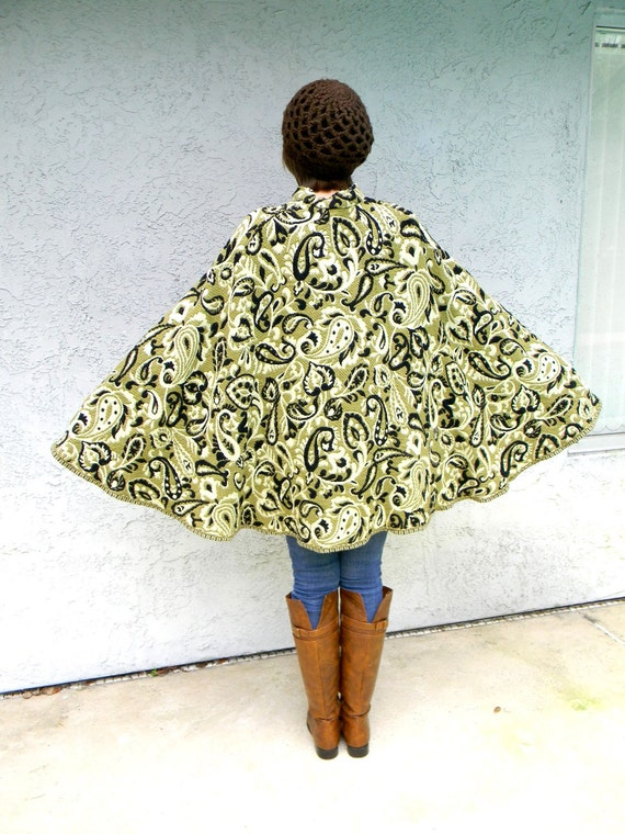 Bohemian Fall Fashion - Vintage 60s/70s Wool Brocade/Carpetbag Poncho Cape in Olive Green/Black/Cream Paisley Print - One Size Fits All