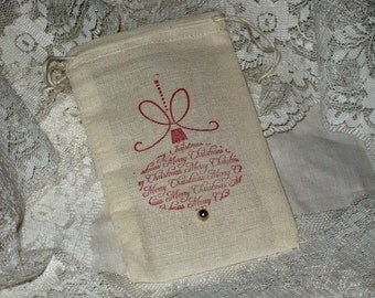 Vintage Drawstring Muslin Gift Bags With Christmas Print Set of 6 ECS