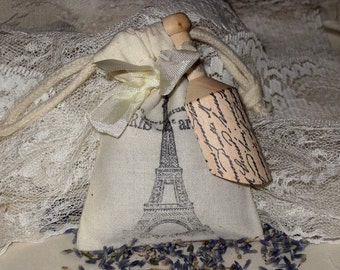 Muslin Filled with Lavender from Provance Sachet with Wooden Scoop Paris Apartment ooh la la Provance Lavender