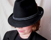 FREE SHIPPING - To Paul and Stella - Biltmore Felt Fedora with Box 7 1/8 - Medium