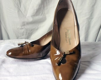 Marbled Brown Saks Fifth Ave Pumps