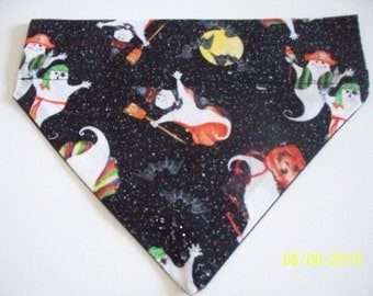Dog/Cat/Ferret-Reversible 2 in 1 Over the Collar Bandana HALLOWEEN Print Ghosts and Ghouls//Custom made just for YOU and your pet