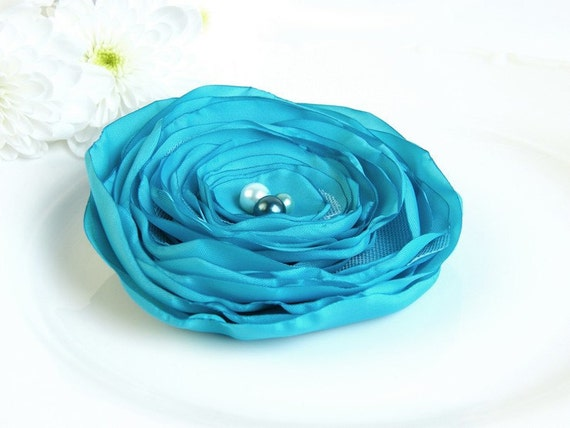Last week of SALE - all must go,  Fabric Flowers, Turquoise Flower brooch hair clip, Fabric brooch, Fabric Flower,  Free shipping