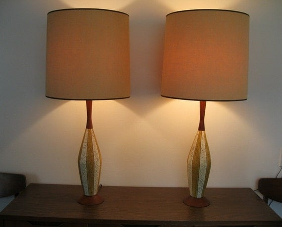 Pair mid century modern eames era table lamps by evolvetwo21 for Eames lampe