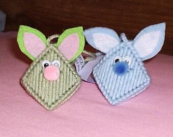 Easter Bunny Kiss Ornaments - set of 5