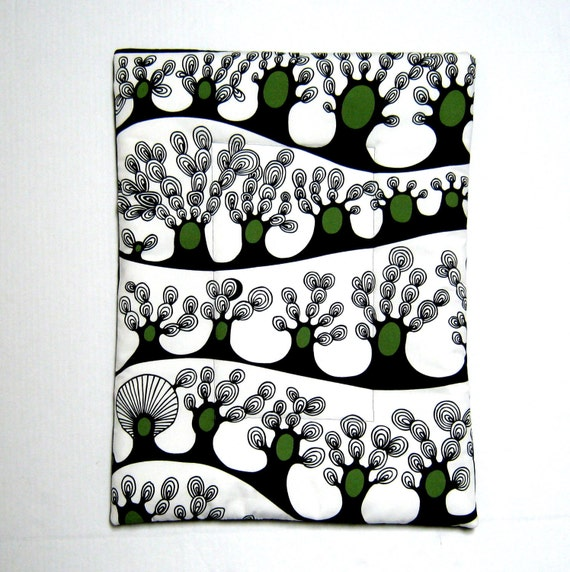 """Canvas Dog Bed IKEA trees crate dog mat size S 24"""" X 18""""  black white green reverses to black solid"""