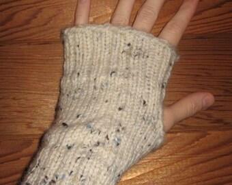 Pure Soft Wool Hand Knit Wrist Warmers Fingerless Gloves in 'aran tweed'