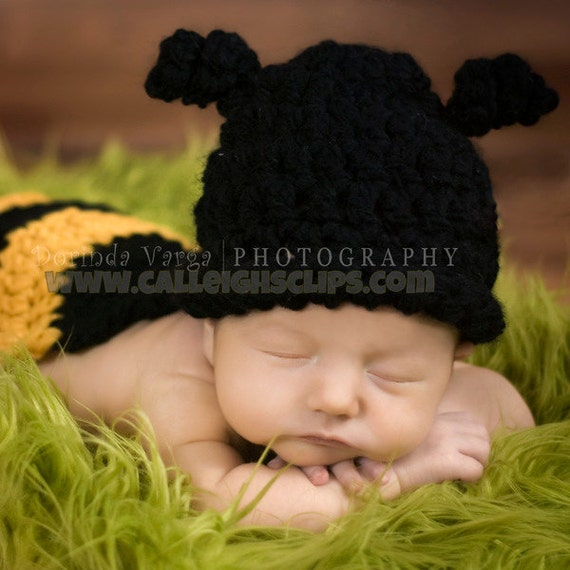 Instant Download Crochet Pattern - No 6. Bumble Bee -Cuddle Critter Cape Set - Newborn Photography Prop