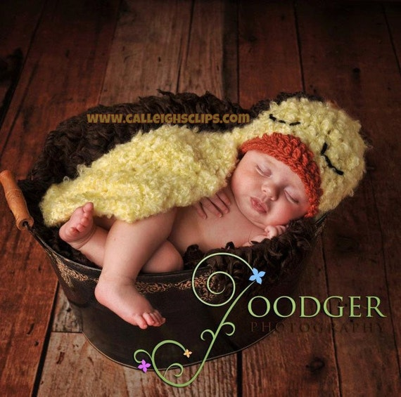 Fuzzy Duckling Cuddle Critter Cape Newborn Photography Prop -