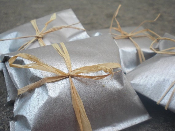 100 Wedding Favors individually WRAPPED in Silver Packages