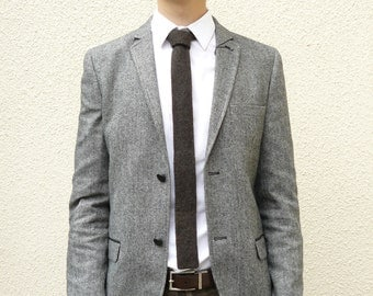 Knitted Mens Skinny Neck Tie in Flecked Coffee Bean Brown Lambswool - Groomsmen attire