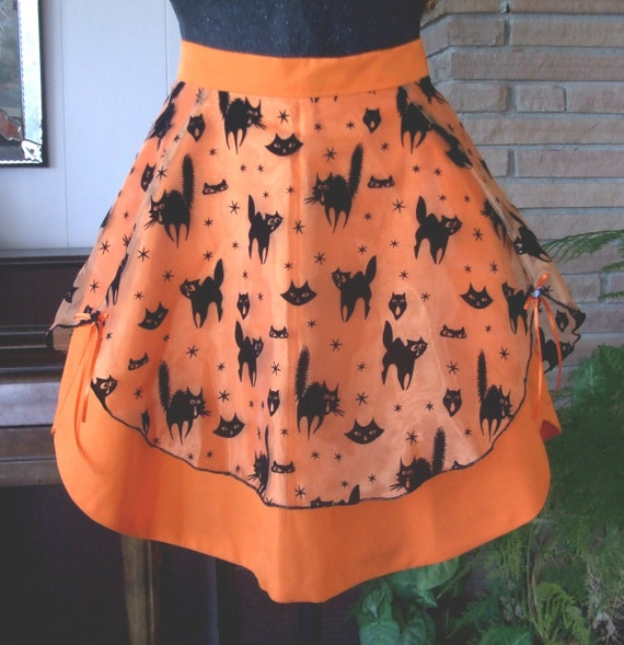 Retro Style Black Cats on Orange Halloween Half Apron
