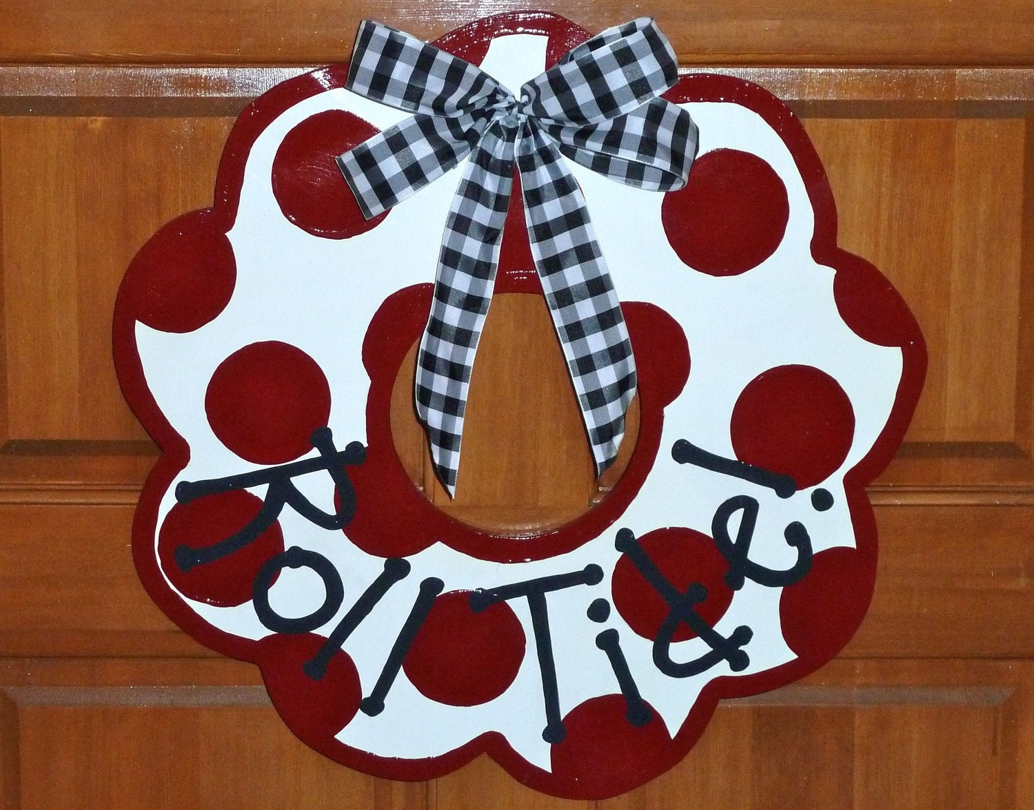 alabama crimson tide wooden door wreath or wall decor. Black Bedroom Furniture Sets. Home Design Ideas