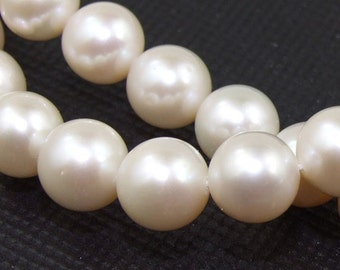 AAA White Freshwater pearl Cultured Pearl 10x11mm Gemstone Beads Strand