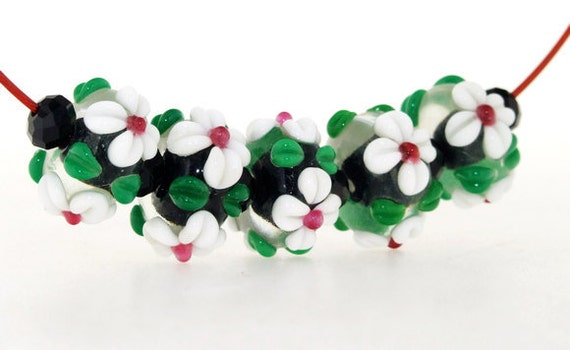 Hole 2mm 5Beads Lampwork bead White four petals Flowers green leaf Handmade jewelry designs  European Style