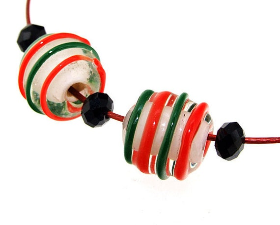 Hole 4mm 5Beads Red Green Twist Lampwork beads  Handmade jewelry designs  European Style