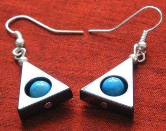 SALE - Modern Triangle Earrings -  Hematite Turquoise Earrings ER13