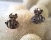 Little BEE sterling silver stud earrings. Mini Zoo.