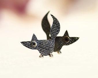 FOX Sterling Silver Oxidized Black Stud Earrings Mini Zoo series