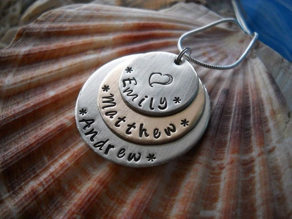 FAMILY Names Personalized Hammered Metal Layered Disc Necklace Key Chain Uniquely Impressed