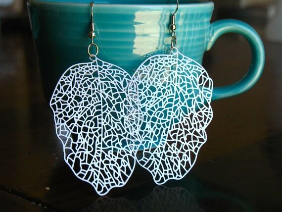 Silver filigree earrings leaf dangle