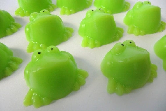 10 Lime Frogs - party favor