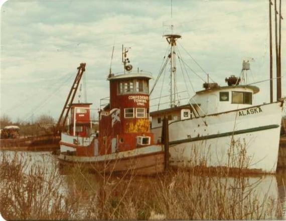 Tugboats, print,  local person, worker, tugboat captian, Tidewater, mariner, ocean, photo,
