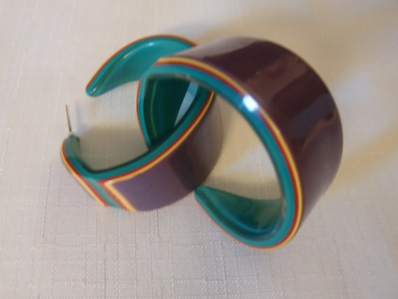 Maybe LEA STEIN Purple-Mustard-Red-Emerald Layered Lucite HUGE Hoop Pierced Earrings