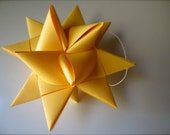 3-d goldenrod paper star