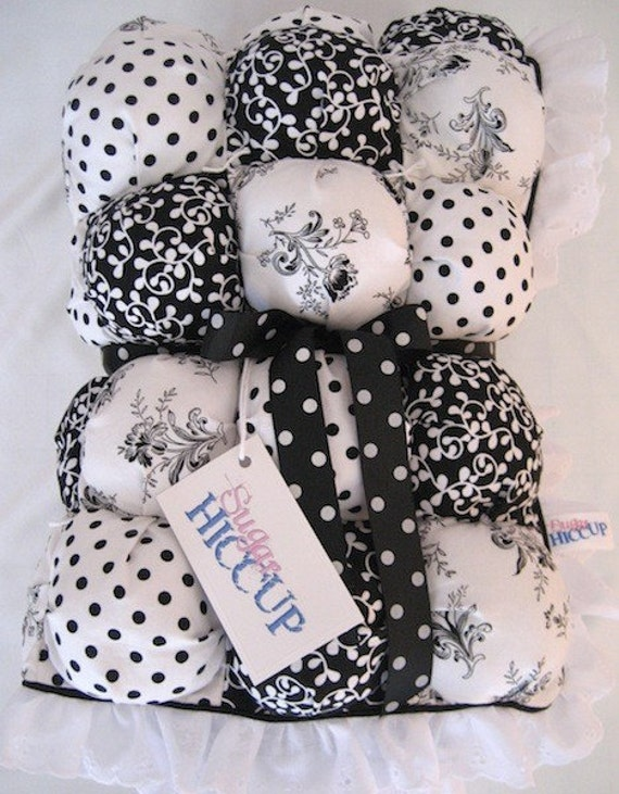 Baby Biscuit Quilt Black And White Dots